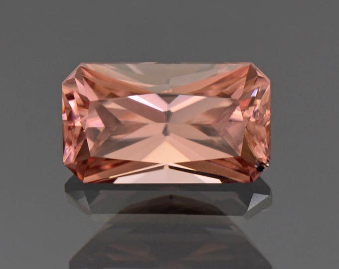 Superb Peachy Pink Champagne Zircon Gemstone from Tanzania 4.50 cts.