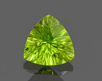 SALE! Fine Lime Green Peridot Trillion Gemstone from Pakistan 2.85 cts.