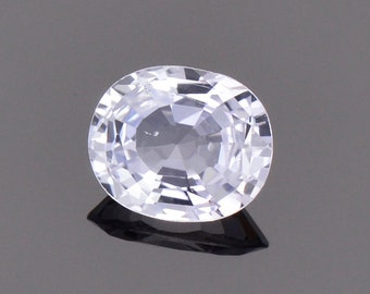 Brilliant White Sapphire Gemstone from Sri Lanka, 0.87 cts., 6.4 x 5.3 mm., Oval Shape.