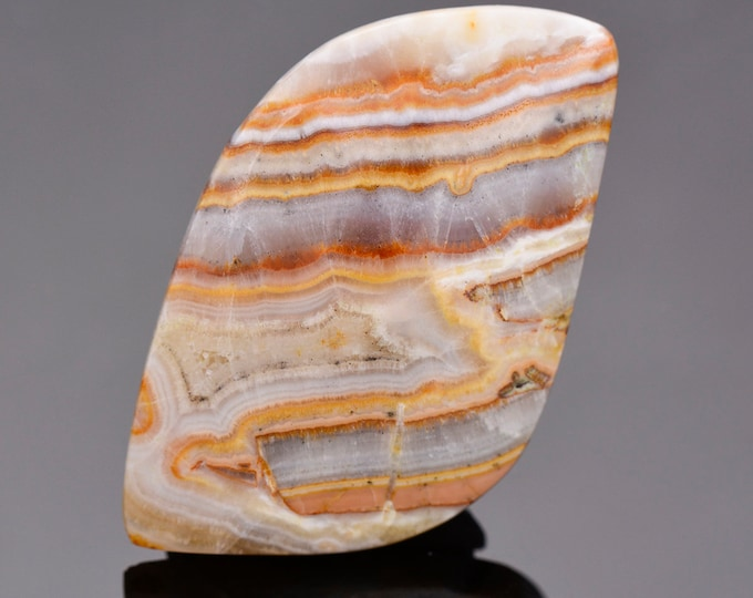 Cool Banded Travertine Cabochon from New Mexico, 60.84 cts., 40x27 mm., Freeform Cabochon Cut