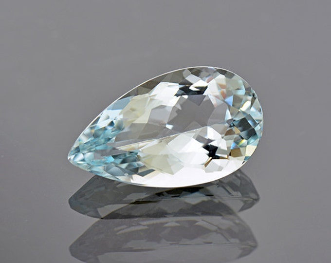 Gorgeous Baby Blue Brazilian Aquamarine Gemstone 6.71 cts