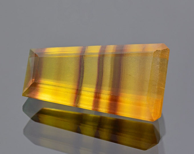 Beautiful Banded Fluorite Gemstone from Argentina 26.34 cts