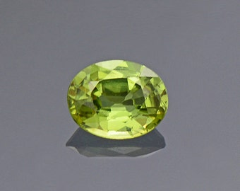 ETSY BIRTHDAY SALE! Pretty Lime Green Sapphire Gemstone from Montana 0.32 cts.