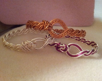 """Braided Wire """"Croc"""" Bracelets....Pattern used with permission of Linda Chandler"""