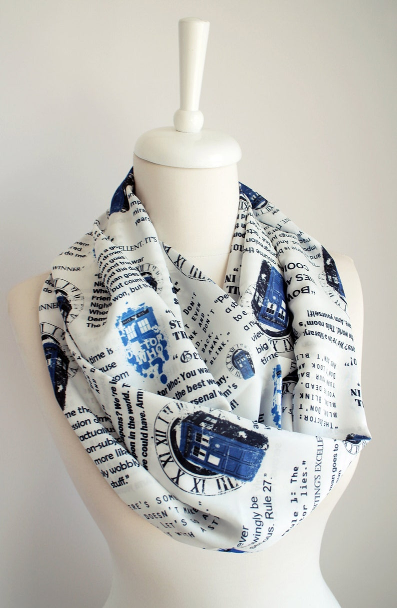 Dr Who Tardis Scarf Doctor Who Scarf Infinity Scarf Geek Gift image 0