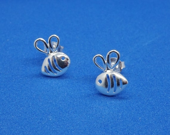 Silver Bee Earrings For Nature Lovers