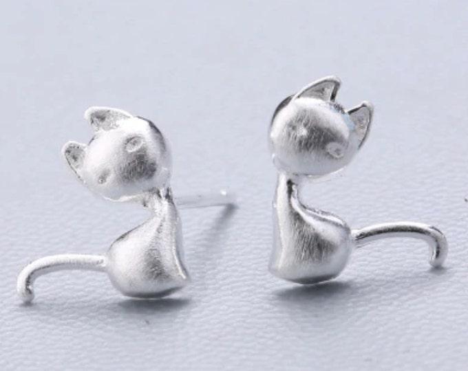 Minimalist Tiny Cat Earrings for Cat Lover Best Friend Gift