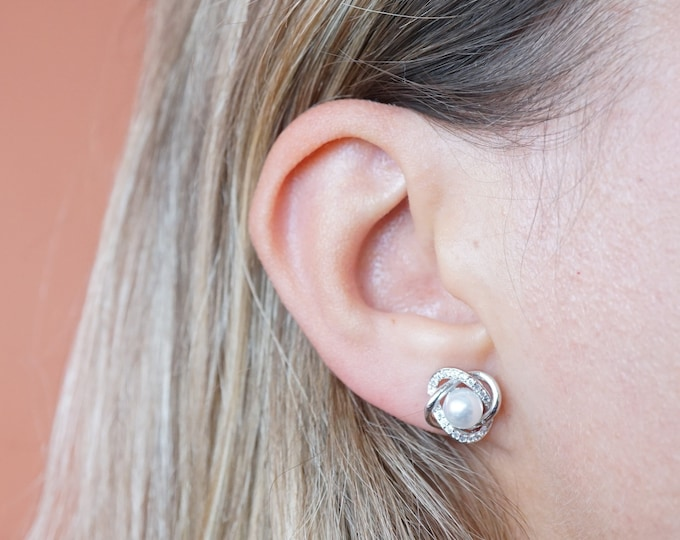 Silver Pearl Round Stud Earrings - Wedding Earrings