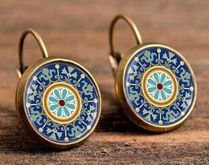 Boho Flower Drop Earrings // Vintage Jewelry // Geometric Pattern // Round Earings // Ethnic Earrings