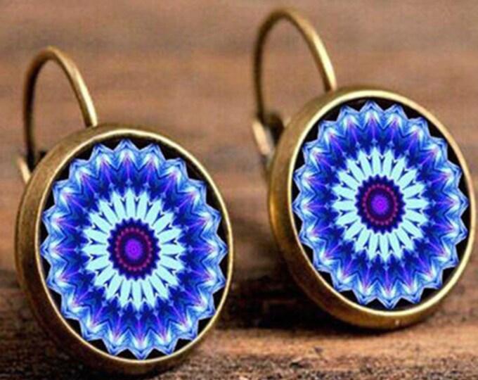 Boho Flower Drop Earrings // Vintage Jewelry // Geometric Pattern // Round Earings // Ethnic Earrings