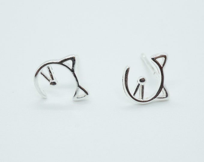Minimalist Tiny Cat Earrings for Cat Lover Best Friend Gift