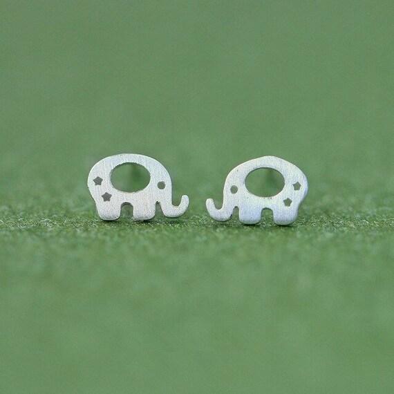 Silver Elephant Earrings // Stud earrings // Animal lover Earrings
