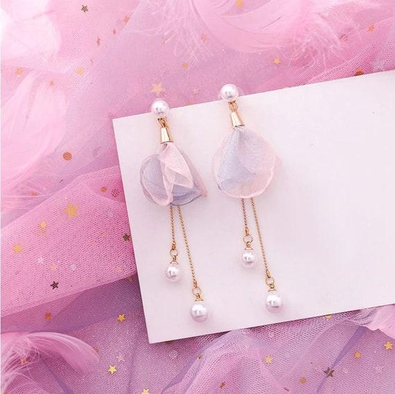 Lovely Geometric Pink Earrings // Dangle & Drop Earrings