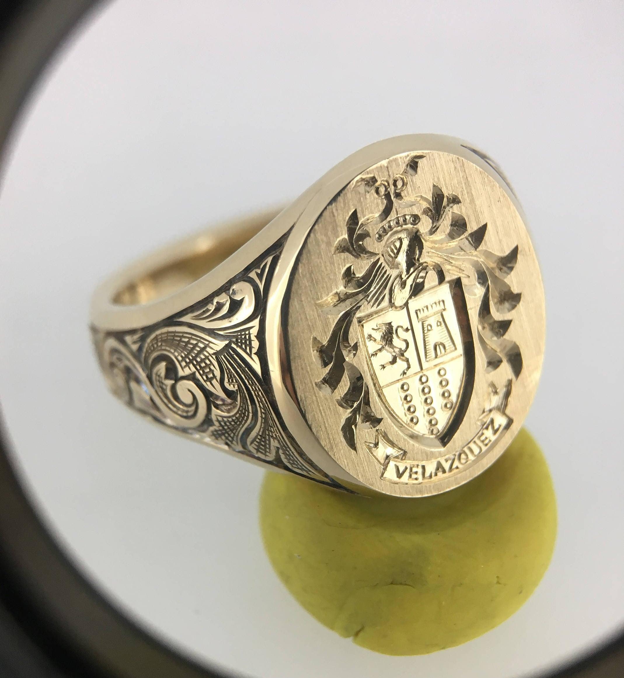2947879ca44d6 Mens Signet Ring, Custom Gold Signet Ring, Coat Of Arms Signet Ring, Family  Crest, Monogram Signet, Unique Mens Ring, Gold Signet Ring, Ring