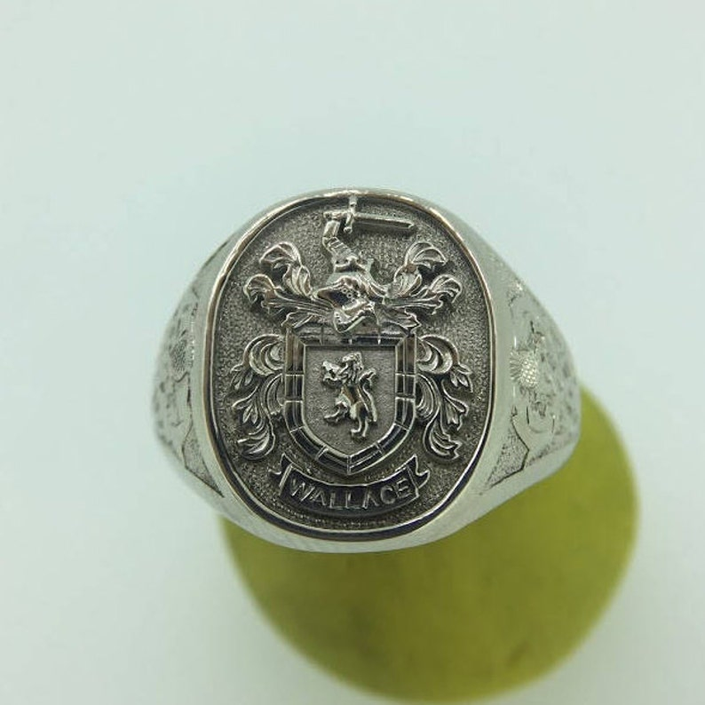299d8ca81785b Relief Family Crest Signet, Signet Ring, Custom Mens Signet Ring, Heavy  Signet Ring, Coat Of Arms Ring, Family Crest, Engraved Signet Ring