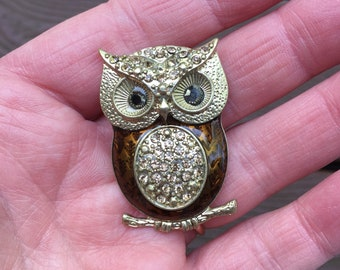 Vintage Jewelry Lovely Owl Pin Brooch