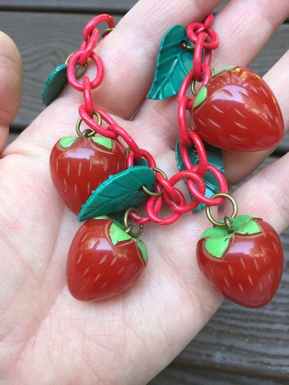 Vintage Jewelry Bakelite Strawberries Bracelet on… - image 2