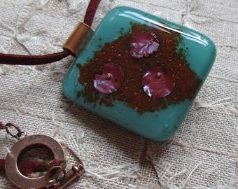 Copper dots fused glass pendant