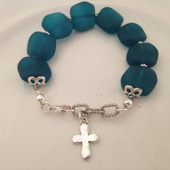 Silver Plated Bracelet with Crucifix Cross Charm /& Crystal Beads