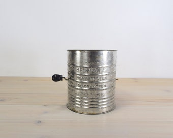 Bromwells Measuring Sifter , 5 cup