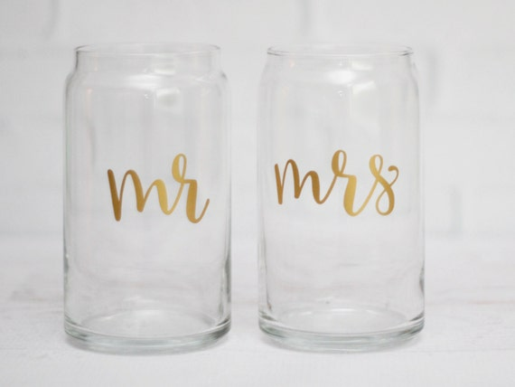 Beer can glasses mr and mrs beer glass wedding beer glass groomsman gift bachelorette party favor  girls weekend bridal party