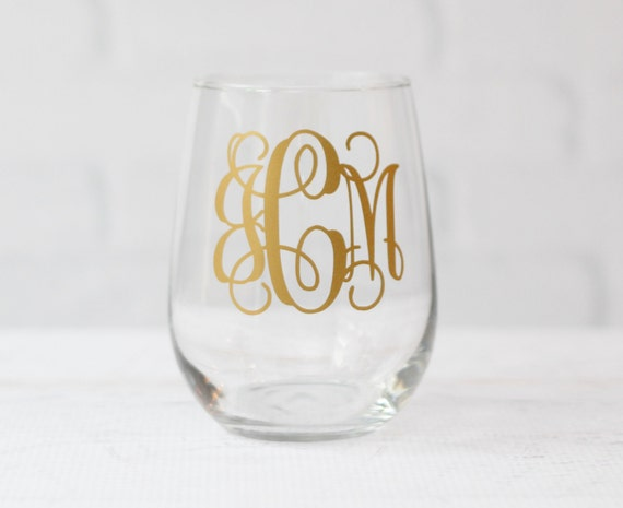 monogram wine glass // personalized wine glass // teacher gift // gift for her // hostess gift // best friend gift // mother gift