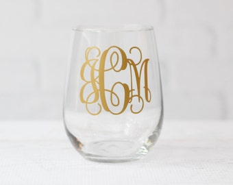 Monogram gift: stemless wine glass  // bridesmaid proposal // bridesmaid gift // bridal party gift // wedding gift // engagement gift