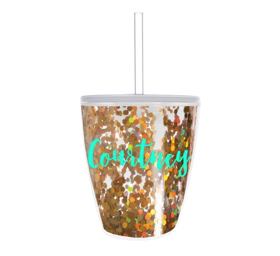 Bridal party tumblers // confetti cup // gold glitter cup // bachelorette party favors // bridal party gifts // girls weekend gifts