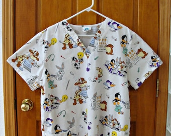 bb3dff0e3da 1997 / Baby Looney Tunes / XL / Medical Scrub / Shirt / Polyester & Cotton  / Cartoons / V Neck Top / Short Sleeves / Pockets / Vintage USED