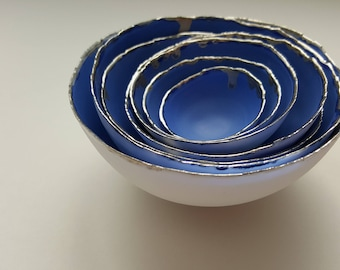 Set of 7 stoneware fine bone china nesting bowls in blue and white with real platinum finish. Gift for her