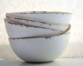 English fine bone china bowl with real gold