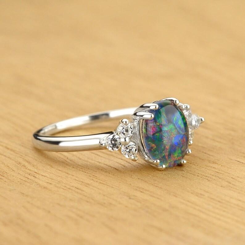 Schwarzer Opal und Diamant Klassischer Ring aus 14K Gold ...