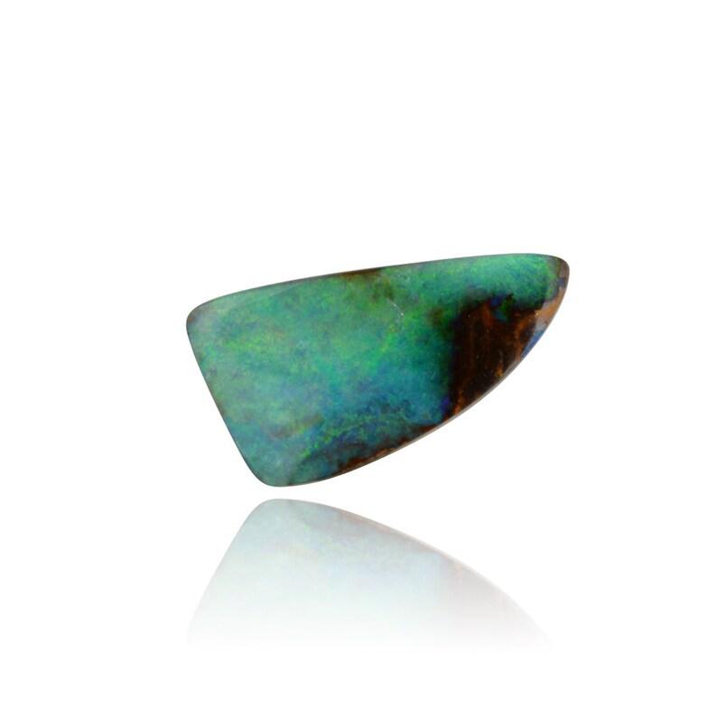 9.64 ct Solid Boulder Opal SKU 2327F003
