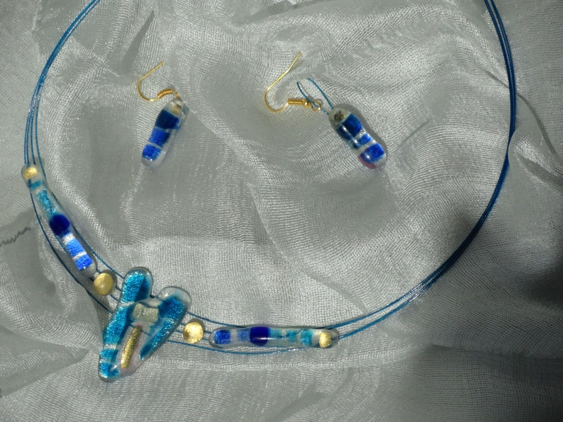 statement necklace Indian Jewelry 24K gold,Blue,silver crystal ethnic party wear .From Artikrti earrings-crystal necklace Jewellery