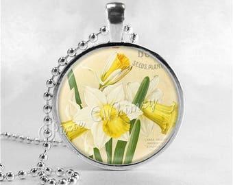DAFFODIL Necklace, Daffodil Pendant, Daffodil Jewelry, Daffodil Flowers, March Birth Flower, March Birth Necklace, Daffodil Charm, Yellow