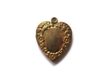 Vintage Gold Embellished Heart Locket with Flower Detail