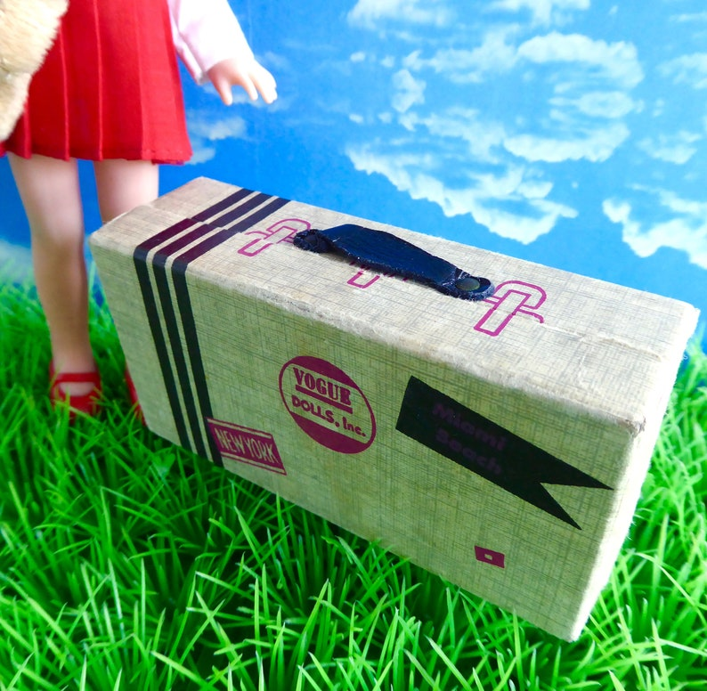 Lottie OFFICIAL 1960s GINNY LUGGAGE Licca created in cardboard and a perfect overnight size for all 7-10in17-22cm dolls like Betsy