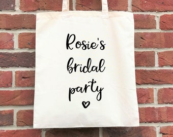 Personalised bridal party tote.  Perfect gift for a hen party/bachelorette/bridal shower or a bridal party gift