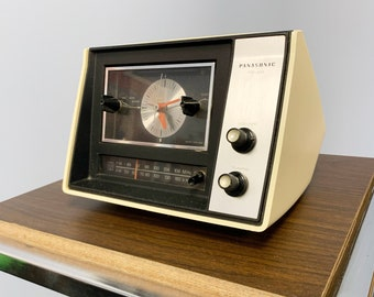 Vintage Panasonic Alarm Clock - AM FM Alarm Clock - Space Age Clock