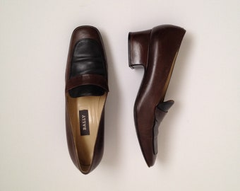 c7ad4d60641 brown loafer heels vintage low pumps brown chunky heel 90s square toe  leather made in italy 1990s pumps