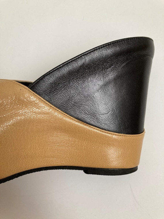 leather wedge heels open toe shoes 90s mules size… - image 3