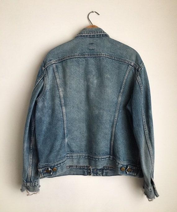 distressed trucker jacket 70s denim jacket vintag… - image 7