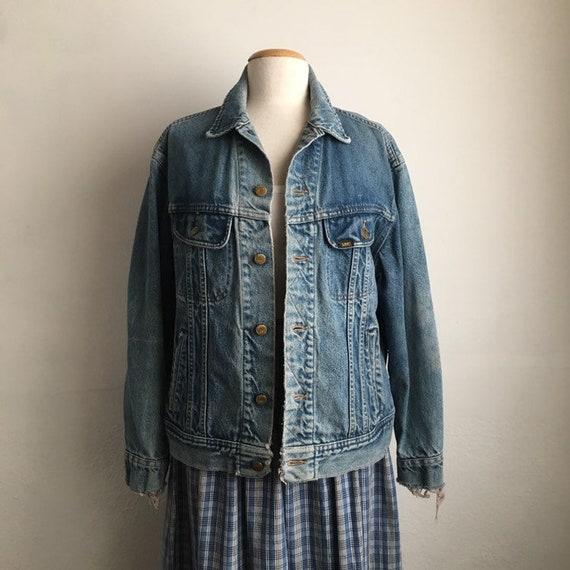 distressed trucker jacket 70s denim jacket vintag… - image 6