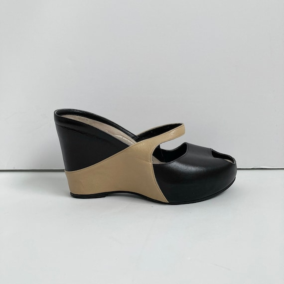 leather wedge heels open toe shoes 90s mules size… - image 1