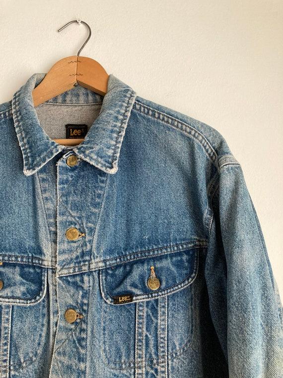 distressed trucker jacket 70s denim jacket vintag… - image 3