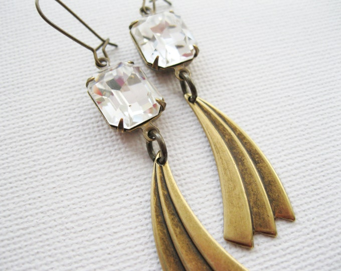 Long Art Deco Style Earrings Antique Brass Swarovski Crystals New Years Eve Jewelry Rhinestone Dangle Earrings Vintage Style