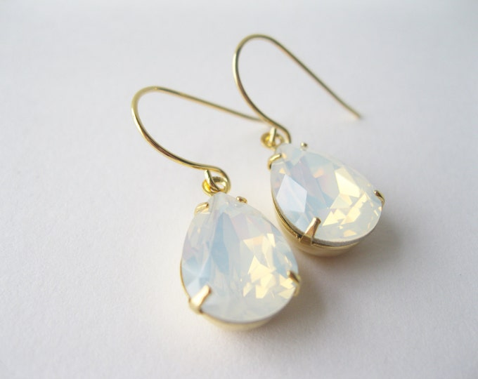 White Opal Crystal Teardrop Earrings Gold Plated Bridesmaid Earrings White Wedding Bridal Jewelry Sets Vintage Style Wedding