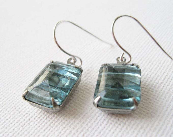 Art Deco Drop Earrings Light Blue Aqua 1920s Wedding Jewelry Bridesmaid Earrings Vintage Wedding Faceted Rhinestone Dangles Antiqued Silver