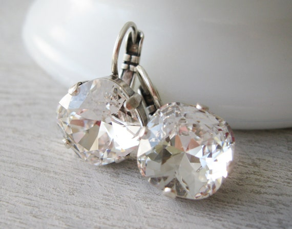 Crystal Drop Earrings, Crystal Bridesmaid Earrings, Clear Rhinestone Earrings, Crystal Wedding Jewelry, Cushion Cut Swarovski Elements