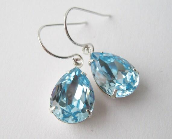 Light Blue and Silver Teardrop Earrings Aquamarine Crystal Dangles Bridesmaid Earrings Swarovski Elements Summer Wedding Jewelry